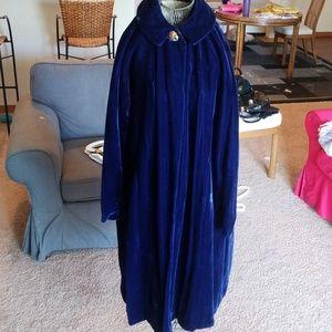 Royal blue vintage velvet opera coat! S/M